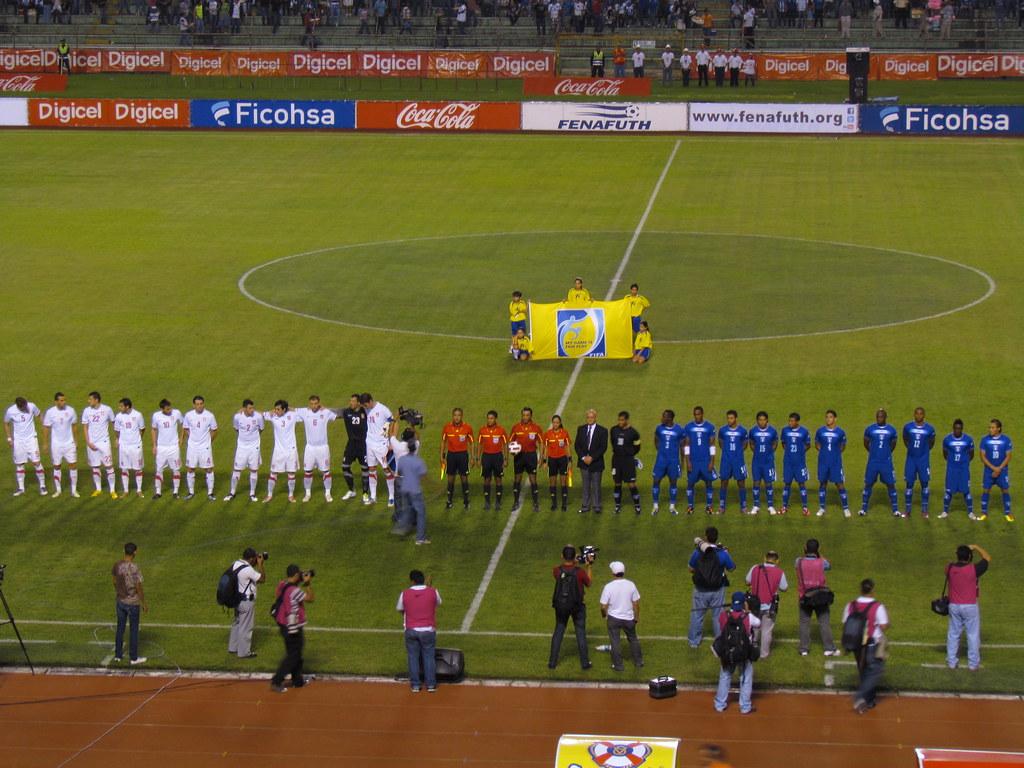 Honduras 2-0 Serbia ...Por fin ganamos!