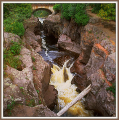 Temperance River Gorge,MN (Wolverine09J) Tags: nature minnesota musictomyeyes flowingwater bsquare finegold thegalaxy wateroceanslakesriverscreeks riverscapes rockscapes lakesuperiornorthshore colorphotoaward naturestyle screamofthephotographer colorphotoawardpremier addictedtonature lakesuperiorregion mygearandme mygearandme1 betterthangoodlevel1 naturespotofgoldlevel1 loversoflandscapes anaturecanvasnothingmanmade temperanceriverstateparkmn blinkagainlevel1
