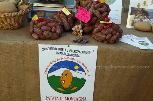 immagine foto patate viola le vitelotte