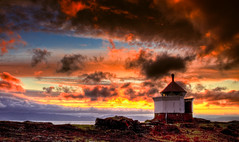 Vads Beacon HDR (Claus Jrstad) Tags: ocean sunset sea sky cloud sun lighthouse norway norge heaven beacon hdr highdynamicrange vads finmark fyrlykt bildekritikk fyrtr