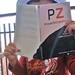 Mi sobrino leyendo PZ este es un regalin en nombre de mi familia para HO tania