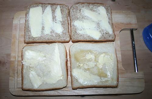 07 - Mit Butter bestreichen