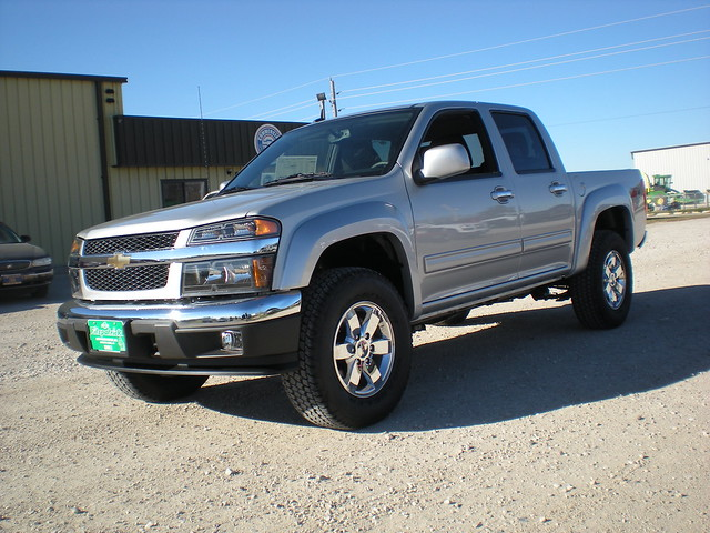 chevrolet leather silver colorado 4x4 5 cab pickup crew ia automatic ft 4d lt 2010 stormlake 4spd wwwfitzpatrickautocom