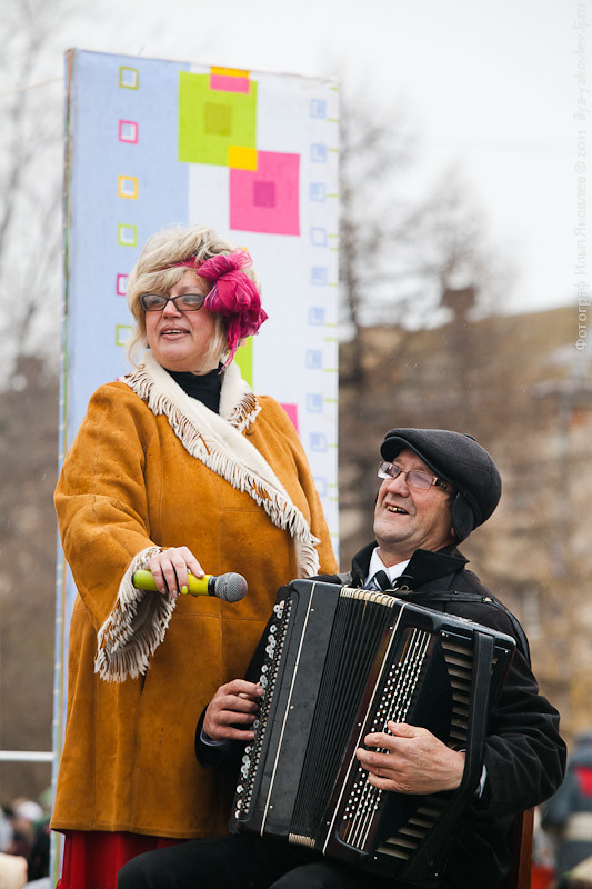 20111104-0136-Chebarkul-festival-pelmeney