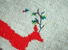 Oh Deer (Xmas) (Deep Indigo) Tags: christmas xmas green bag reindeer navidad crossstitch heart handmade linen embroidery letters deer fabric pouch button mistletoe clutch ohdeer makeupcase jumpingdeer naturallinen oldenglishstyleletters xmaspouch