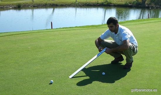Stimpmeter la herramienta para conocer la velocidad de los greenes de golf