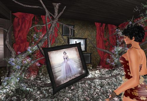 WEG RMK Gothic Small Opening Gift by Cherokeeh Asteria