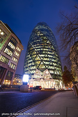 "30 St Mary Axe - London <a style=""margin-left:10px; font-size:0.8em;"" href=""http://www.flickr.com/photos/24828582@N00/6351500674/"" target=""_blank"">@flickr</a>"