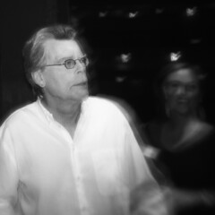 Stephen King at Majestic Theater (Mr Holga) Tags: film dallas holga kodak stephenking majestictheater sixthfloormuseum obdurate mrholga lizacollins