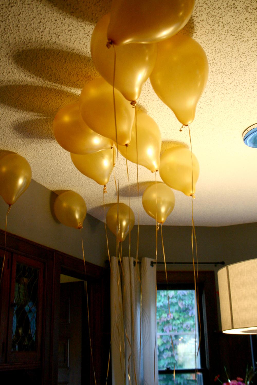 Golden Birthday Balloons