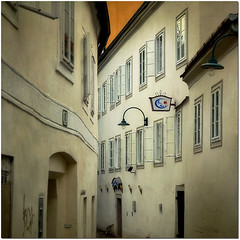 Austrian facades - number 38 (pixel_unikat) Tags: austria town facades historic lane narrow textured steyr upperaustria magicunicornverybest thankstolenabemfortexture 70kilometresawayfrommyhome