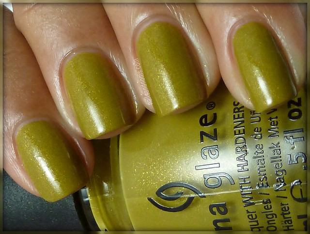Day 3: Yellow -- China Glaze Trendsetter