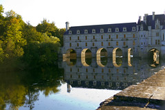 Chteau de Chenonceau217.jpg (ups80kft) Tags: travel vacation france reflection castle architecture geotagged europe historical chteaudechenonceau gtaggroup canoneos7d