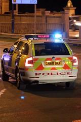 Police Skoda (jf01350) Tags: road street blue light car station lights kent high crash blues police van flashing siren a2 medway picnik skoda twos strood