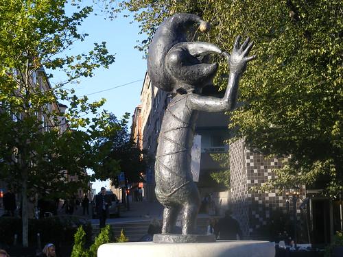 Una estatua graciosilla en Södermalm