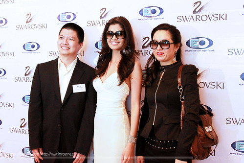 Shamcey Supsup with EO and Swarovski representatives - Swarovski Eyewear Launch