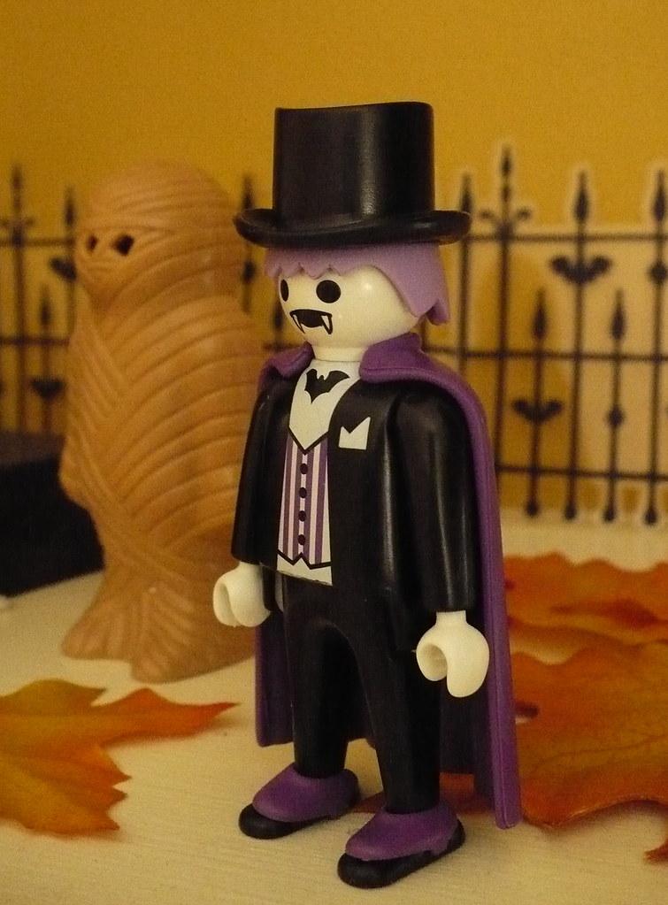 Playmobil Halloween vampire special