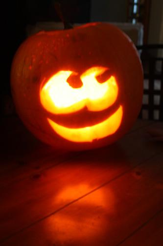 pumpkin-lit-up