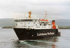 MV Lord of the Isles at Tobermory (Eoin Ileach) Tags: ferry ship calmac caledonian macbrayne