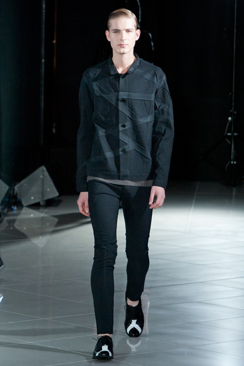 Jesper Larsson3026_SS12 Tokyo MOLFIC(Fashion Press)