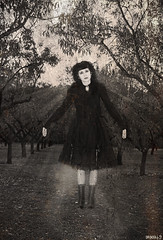 Gloria Aleluya (araceli.g) Tags: madrid girl vintage levitation retro spirits terror spiritual espiritual araceli gilabert