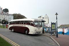 Vintage bus SOOC