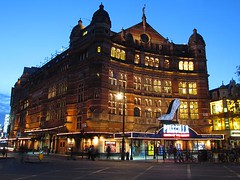 Palace Theatre (crashcalloway) Tags: london night westend palacetheatre cambridgecircus theatreland